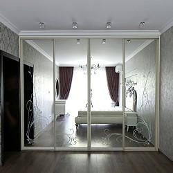 шкафы с рисунком на дверях